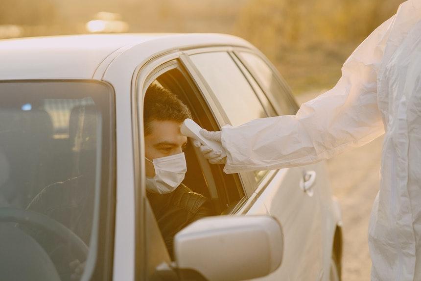 mascherina per evitare contagio falsi miti
