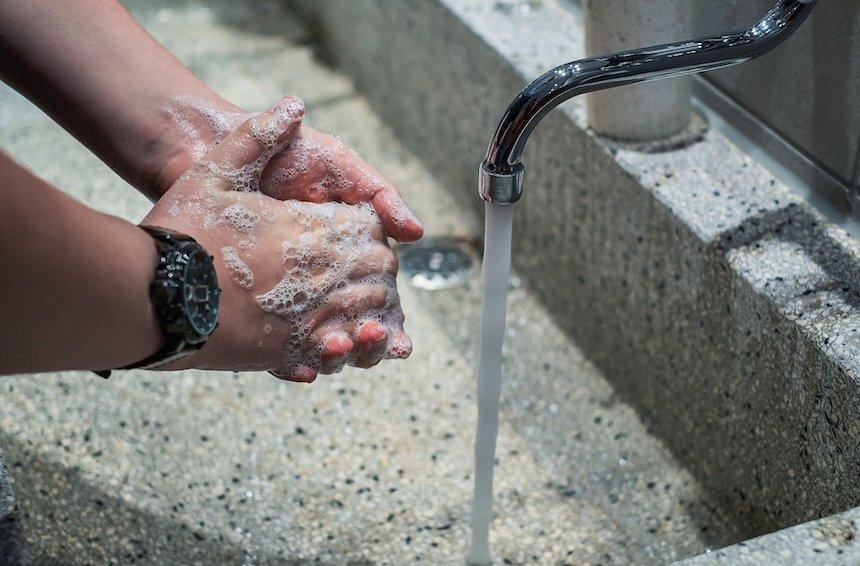 Come lavare correttamente le mani