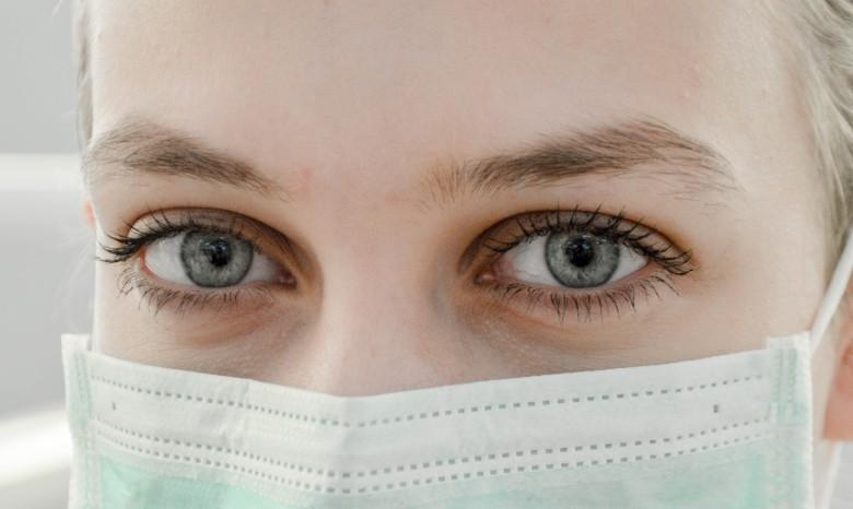 rischi per gli occhi con gel igienizzante mani con metanolo