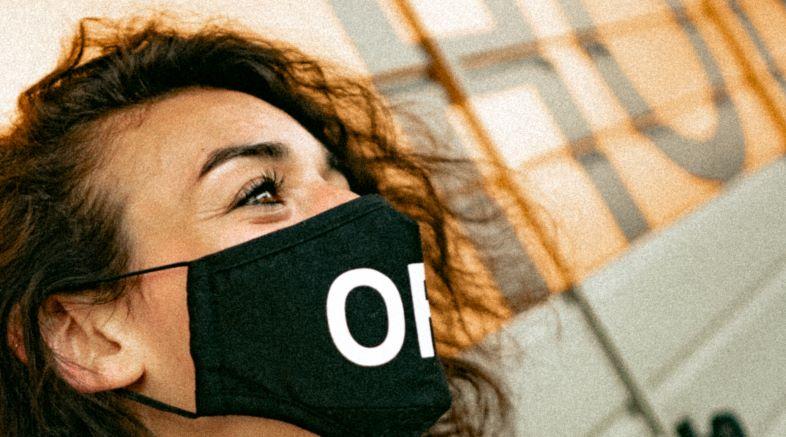 Mascherina Gucci o mascherina in tessuto